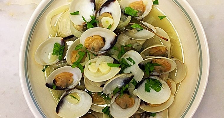 Braised Whole White Clam Shells